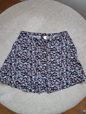 Sommerrock mit Knöpfen