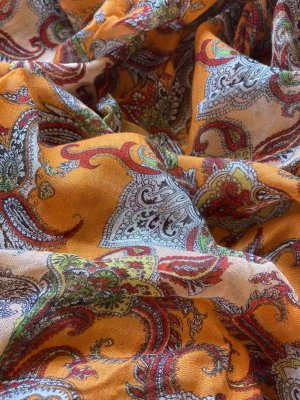 Esprit Sciarpa di seta arancione