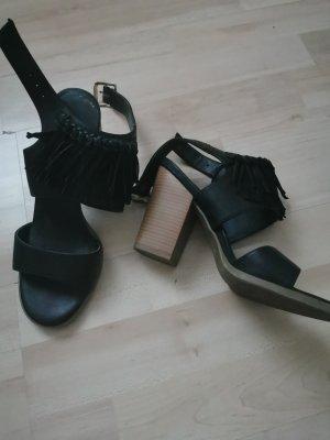 Graceland Strapped Sandals black