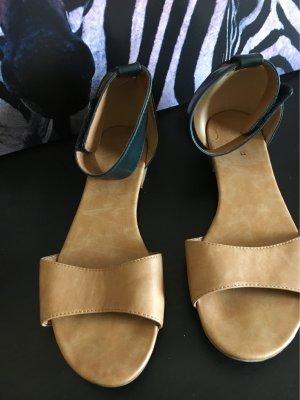 Sandalo con cinturino multicolore
