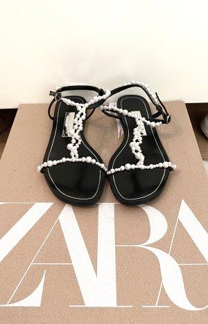 Zara Sandały outdoor czarny-biały