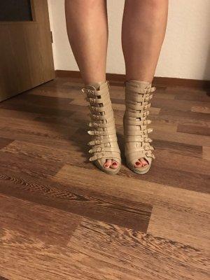 Wysokie buty na obcasie kremowy-złoto