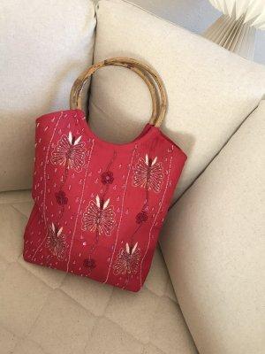 Sommertasche mit schönen Perlenstick Details