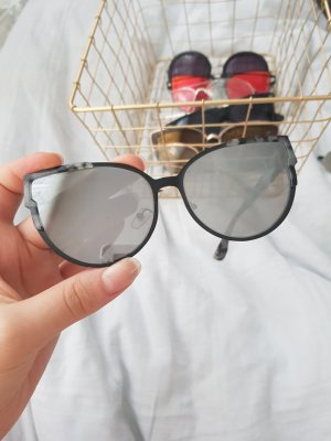 Amazon Angular Shaped Sunglasses black-grey