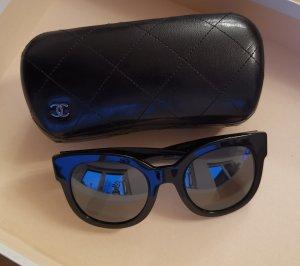Chanel Gafas de sol ovaladas negro