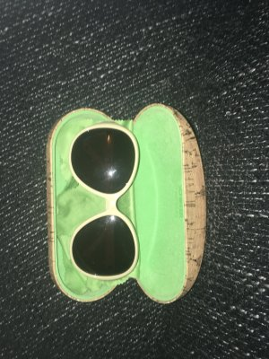 Claudia Schiffer Retro Glasses white