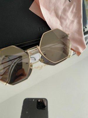 Fendi Kwadratowe okulary przeciwsłoneczne nude
