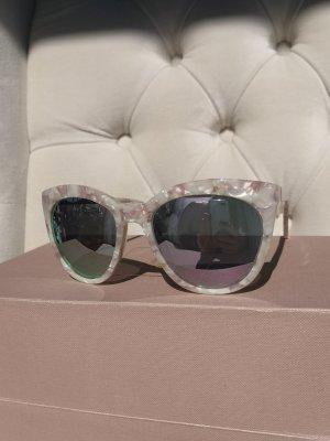 Sonnenbrille in Perlglanz - rosefarbener Fassung und verspiegelten Gläsern