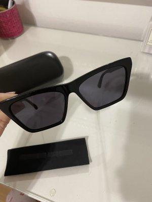Alexander McQueen Hoekige zonnebril zwart