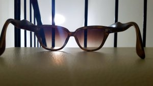 Miu Miu Gafas mariposa negro-marrón