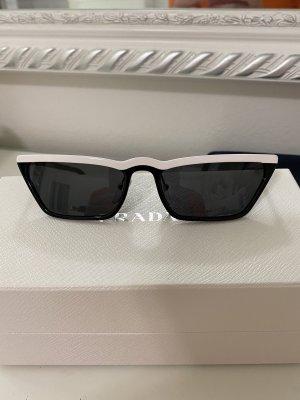Prada Hoekige zonnebril zwart-wit