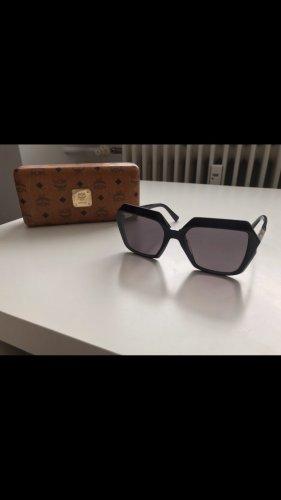 Sonnenbrille von MCM groß schwarz breite Ränder
