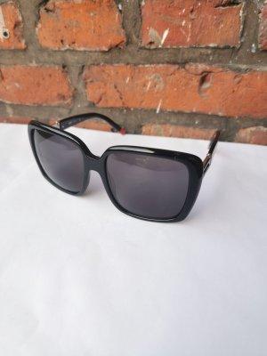 R. Torretta Hoekige zonnebril zwart