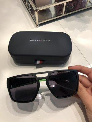 Tommy Hilfiger Square Glasses black-green
