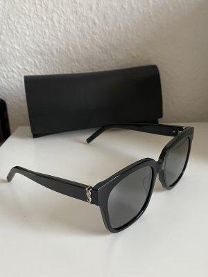 Yves Saint Laurent Occhiale da sole spigoloso nero