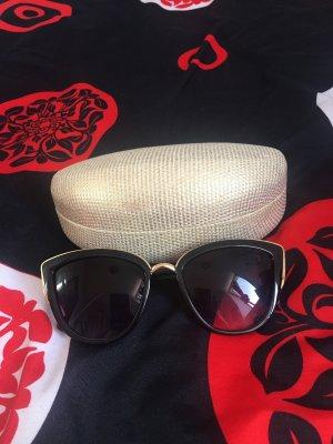 Sonnenbrillen mit Etui