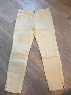 Sonnengelbe Jeans