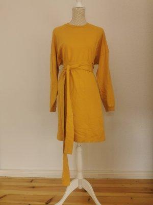 Sonnengelbes Jerseykleid