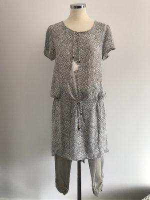SOQUESTO, Tunika-Kleid mit Capri-Legging