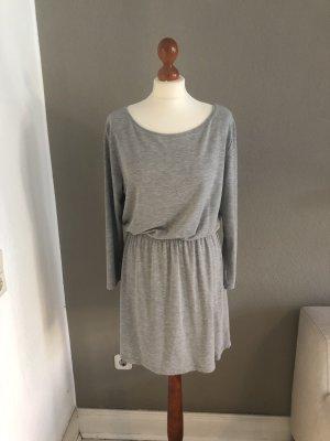 SOS Jersey Kleid Scandi grau
