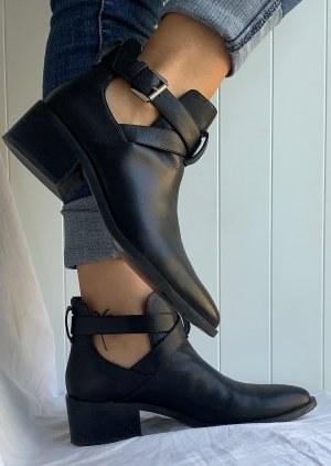 & other stories Ankle Boots black leather
