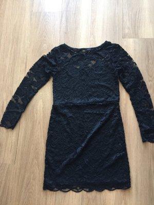 Spitzen Mini Kleid mit leicht durchsichtigem Rücken