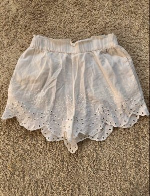 High-Waist-Shorts white