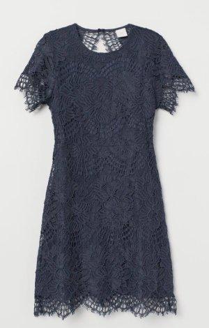 H&M Kanten jurk donkerblauw