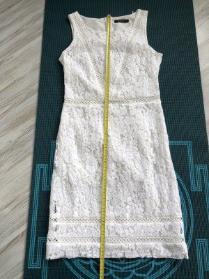 Esprit Robe en dentelle blanc cassé-blanc