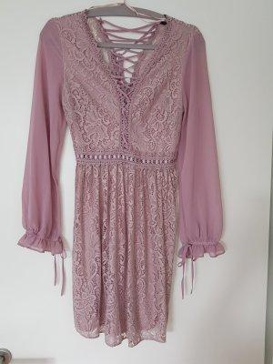 spitzenkleid in rosa