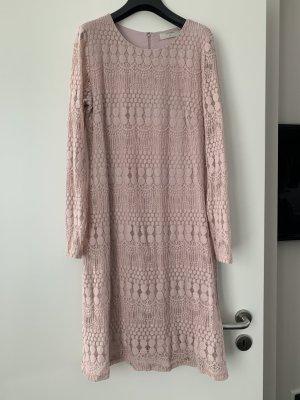 Cream Vestido de encaje rosa empolvado-rosa