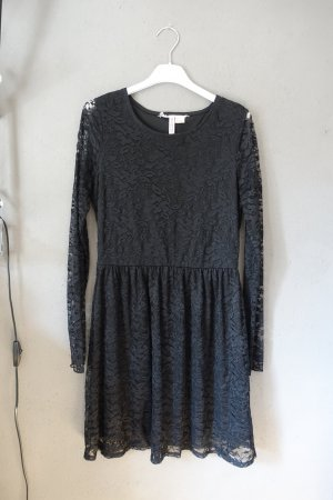 H&M Koronkowa sukienka czarny