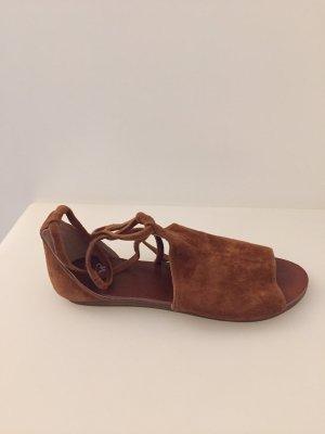 Spm Sandalias de tiras marrón-coñac