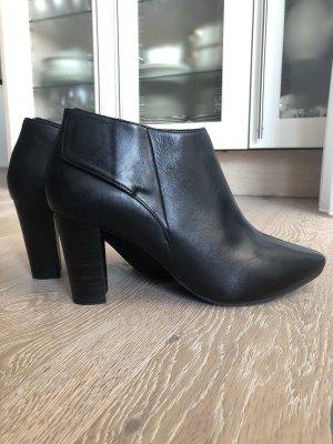 SPM Stiefeletten aus Leder mit Absatz Ankle Boots Stiefel Lederschuhe Absatzschuhe Winterschuhe Herbstschuhe SPM Shoes