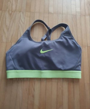 Sport BH von Nike