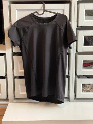 Sport T-Shirt in Größe M