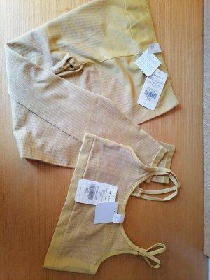 Twin set in maglia giallo chiaro