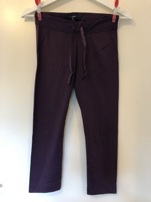 H&M Sport pantalonera rojo zarzamora