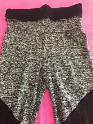 0039 Italy Trackies black-white