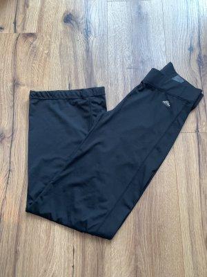 Sporthose von H&M mit weitem Bein