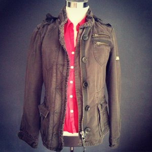 Sportlich elegante Jacke im Bikerdesign **VERSANKOSTENFREI**