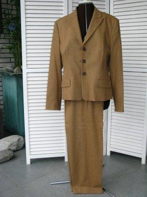 René Lezard Tailleur pantalone color cammello Lana vergine