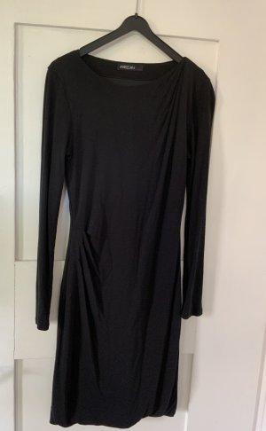 Sportlich, elegantes Kleid von Marc Cain - schwarz