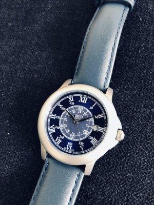 Sportlich-klassische Armbanduhr