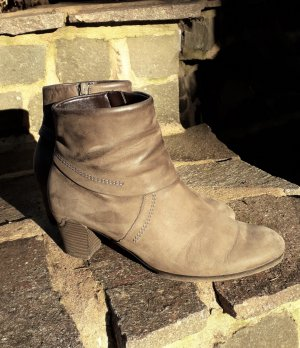 Gabor Booties taupe leather