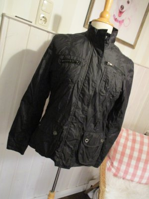 sportliche leichte Jacke Nylonjacke Bikerstil schwarz