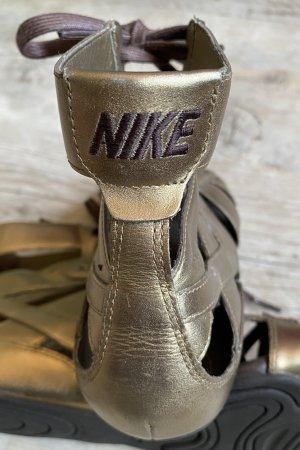 Nike Sandalo romano oro-marrone