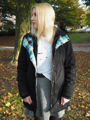 sportliche Winterjacke schwarz-grün-grau karriert von ragwear in Gr. M