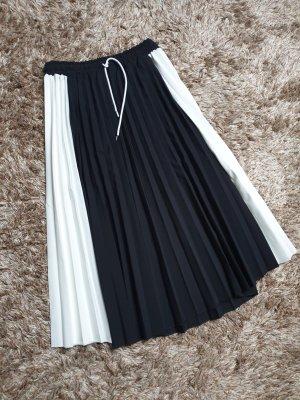 Plaid Skirt white-black