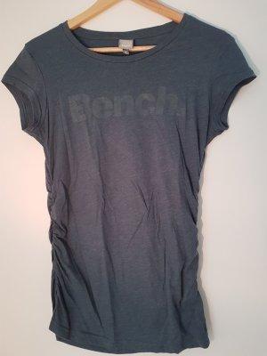 Sportliches Bench Shirt mit leicht glitzerndem Druck